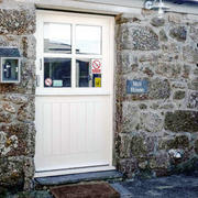 Lands End Hostel door